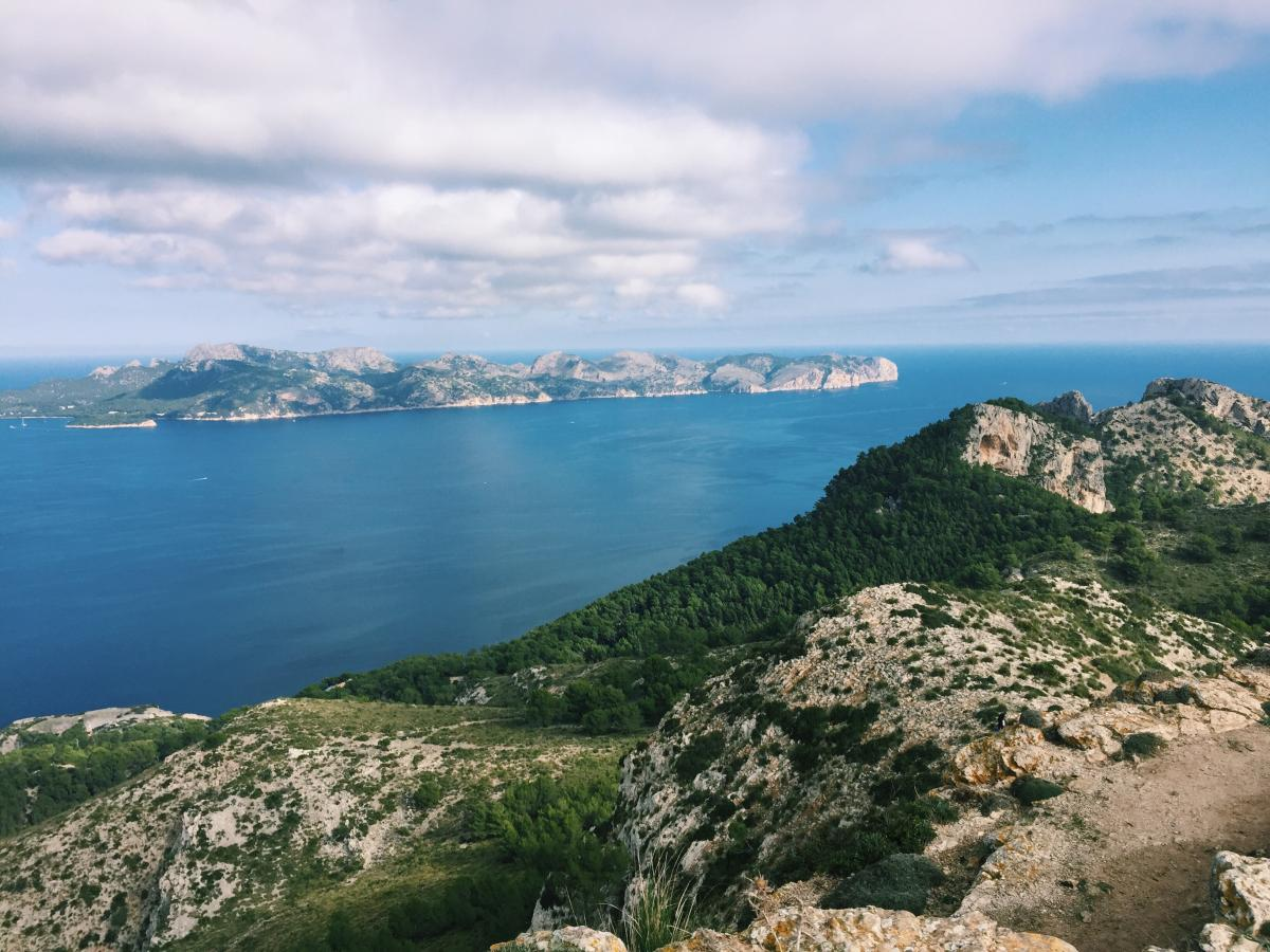 hiking in alcudia